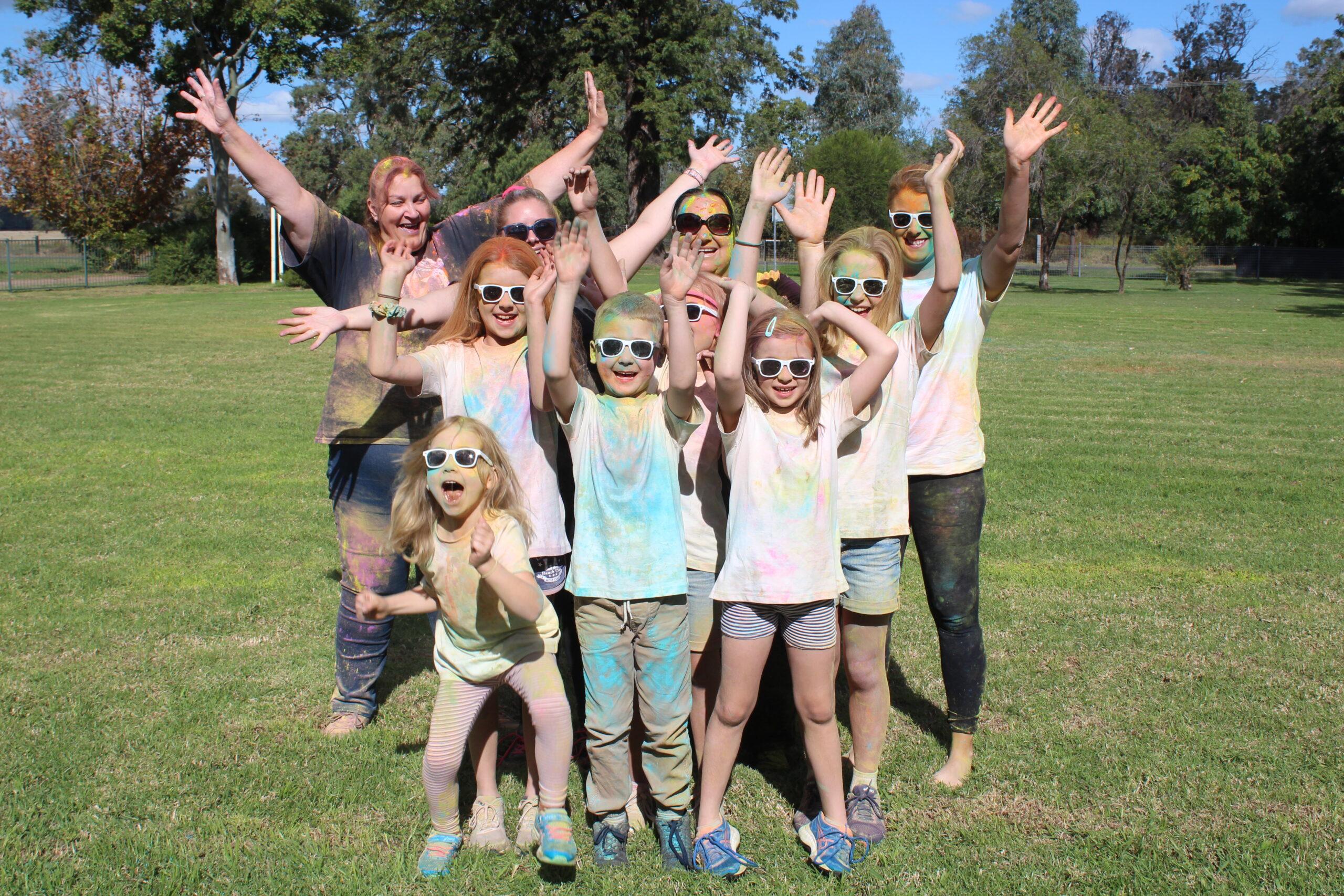 Fairfax Public School takes on colour run | PHOTOS