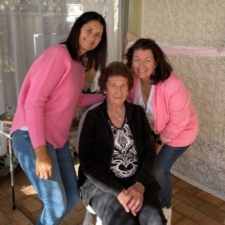 June with her daughters Sandra Klaus, left and Jo Fogarty right.