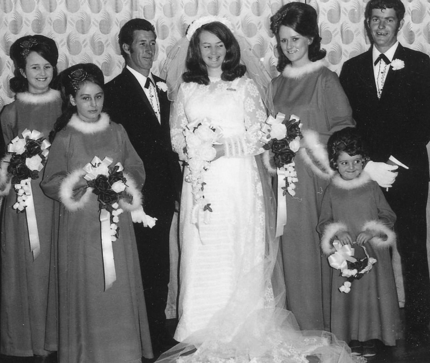 Cheryl Richardson, Debbie Burr, Garry and Diane Burr, Dell Tink, Kevin Ford and flower girl Carolyn Slattery.